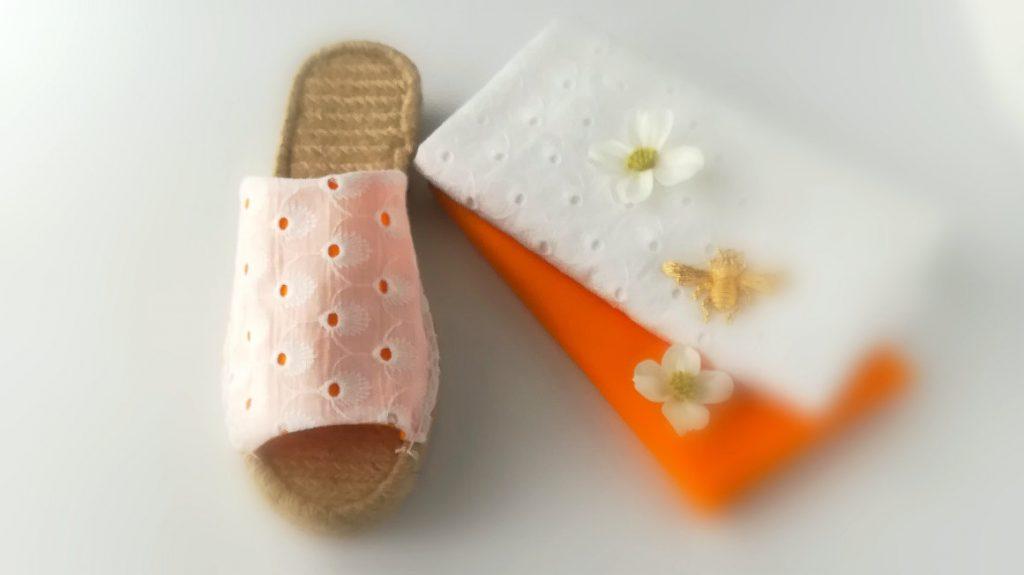 Espadrille-Pantolette-Lochmuster-weiss-orange